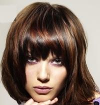 Выбор цвета волос - коричневый цвет